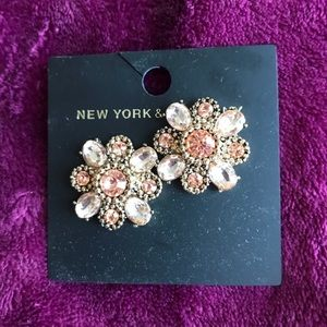 NWT Gorgeous NY & Co. Floral Earrings